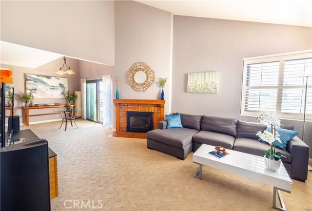 935 Main Street, El Segundo, California 90245, 2 Bedrooms Bedrooms, ,2 BathroomsBathrooms,Condominium,For Sale,Main,SB19245404
