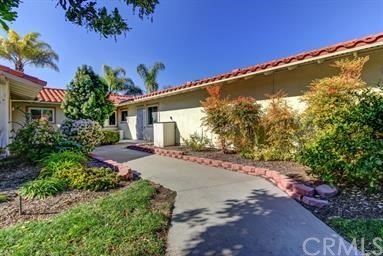 2201 E Via Mariposa Unit B Laguna Woods, CA 92637 - MLS #: OC18125660