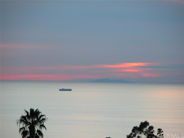 29061 Maplepark Drive Rancho Palos Verdes, CA 90275 is listed for sale as MLS Listing PV16186558