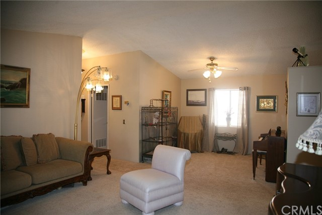 40725 Brook Trails Way, Aguanga CA: http://media.crmls.org/medias/e53d4caf-642b-4801-aa2d-e96167f66b32.jpg