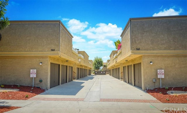 Single Family for Sale at 7922 Aldrich Drive Huntington Beach, California 92647 United States