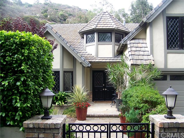 145 Milligan Drive, Laguna Beach, CA 92651