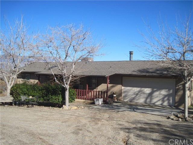 Single Family Home for Sale at 3808 Seclusion Road Lake Isabella, California 93240 United States