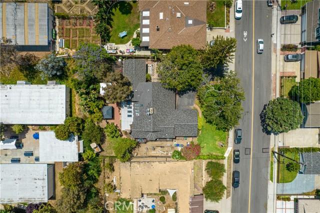 1430 2nd Street, Manhattan Beach CA: http://media.crmls.org/medias/e560756e-2e31-4611-b4f1-b845e09afece.jpg