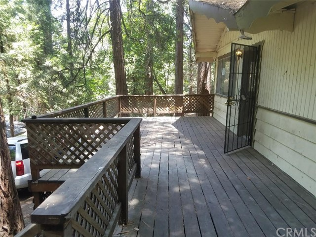 23933 Lake View Dr, Crestline, CA 92325 Photo