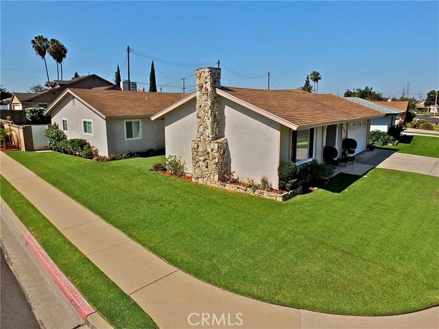 562 E Kenbridge Drive, Carson CA: http://media.crmls.org/medias/e57d47e8-4c52-43a0-8c76-ccbf419b67c0.jpg