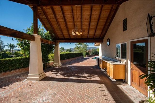 24842 Red Lodge Place, Laguna Hills CA: http://media.crmls.org/medias/e583fc5d-471f-472b-bd5a-88699d97a18c.jpg