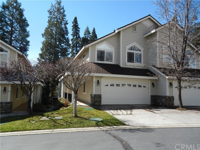 Townhouse for Sale at 79 Lakeside Drive Almanor, California 96137 United States