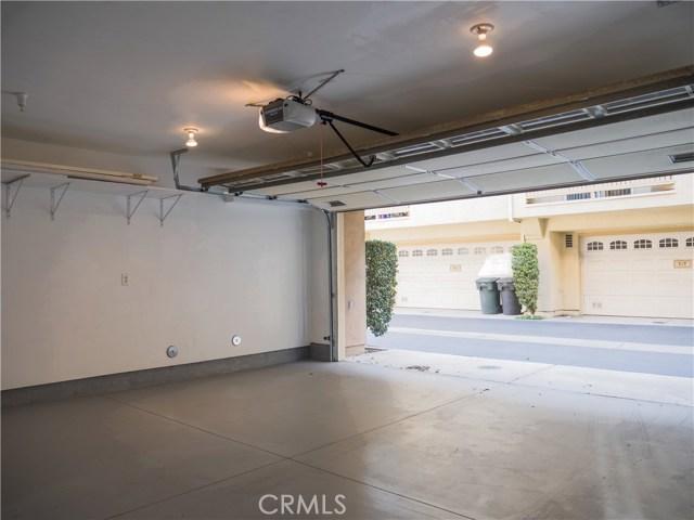 325 W Summerfield Cr, Anaheim, CA 92802 Photo 23