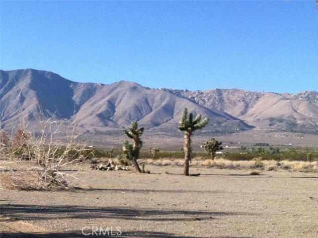 Земля для того Продажа на Highway 395 Highway 395 Adelanto, Калифорния 92301 Соединенные Штаты
