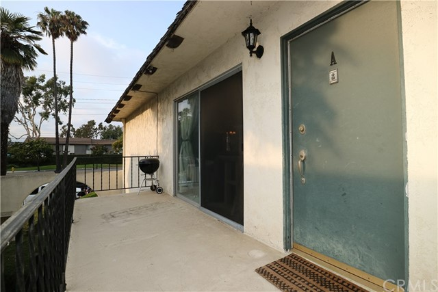 610 W Gonzales Road, Oxnard CA: http://media.crmls.org/medias/e5b24001-b176-4523-9c49-f6235ca07621.jpg