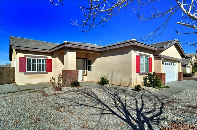 14540 Phoenix Street Victorville CA  92394