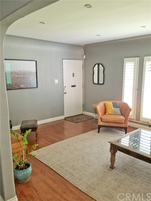 720 Winchester Avenue, Alhambra CA: http://media.crmls.org/medias/e5ca84fe-e2c8-4544-869e-fc365127903b.jpg