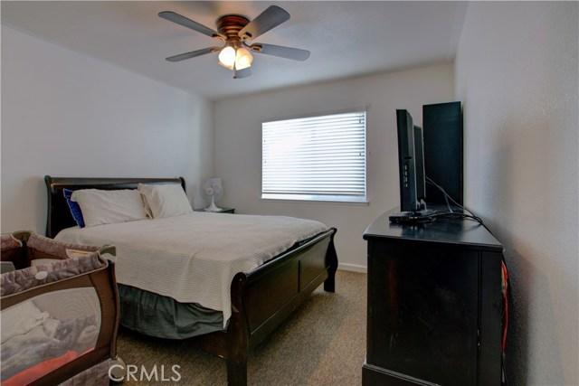 3724 Fallview Avenue, Ceres CA: http://media.crmls.org/medias/e5ce0f2f-9970-431b-a378-36bce27f5019.jpg