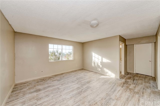 764 Rainbow Hills Road, Fallbrook CA: http://media.crmls.org/medias/e5d6cf8d-38ad-46f8-823c-c92db02adbb4.jpg