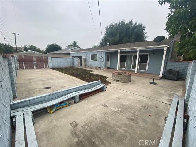 1015 Witherill Street, San Dimas CA: http://media.crmls.org/medias/e5e20593-8293-489a-aea5-0a57d405f2e8.jpg