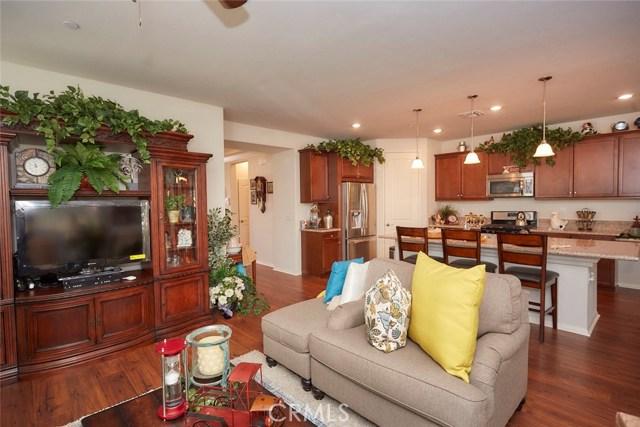 11457 Mint Street, Apple Valley CA: http://media.crmls.org/medias/e5e55edb-903c-4883-a77e-4c6b6879b0d1.jpg