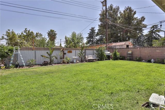 2252 Cottonwood Road, Banning CA: http://media.crmls.org/medias/e5ed305e-fa0c-4519-9ae5-2edd0b197d88.jpg