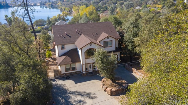 Detail Gallery Image 1 of 1 For 18679 Deer Hill Rd, Hidden Valley Lake,  CA 95467 - 3 Beds | 2/1 Baths