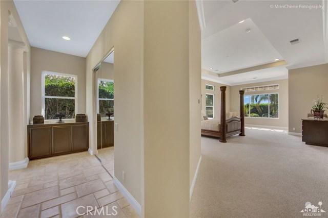 5 Via Bella, Rancho Mirage CA: http://media.crmls.org/medias/e5ff4dec-8f28-4427-8302-704c302cf41e.jpg