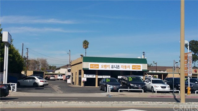 Retail for Sale at 9915 Garden Grove St Garden Grove, California 92844 United States