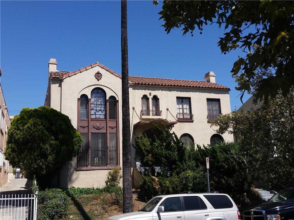 132 Kenmore Avenue, Los Angeles, California 90004
