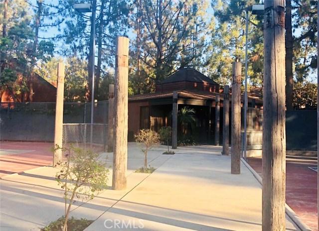 300 S Prospectors Road, Diamond Bar CA: http://media.crmls.org/medias/e60754f3-b422-4d06-9ed0-4052df64d1ee.jpg