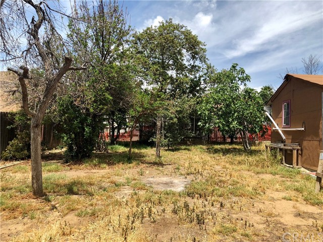 1021 Park Way, Lake Elsinore CA: http://media.crmls.org/medias/e607b9dc-80db-48ee-a1c2-d3dc68623712.jpg