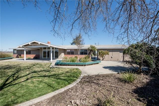 13640 Lacey Boulevard, Hanford CA: http://media.crmls.org/medias/e6126cd7-85a8-4705-a962-788e6783c7b3.jpg