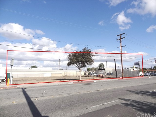 9021 Somerset Boulevard, Bellflower CA: http://media.crmls.org/medias/e61bb592-49ea-4da6-916a-3e08938a7e40.jpg
