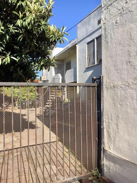230 N Berendo St, Los Angeles, CA 90004 Photo 4