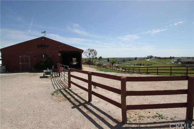 5498 Forked Horn Place Paso Robles, CA 93446 - MLS #: NS18086460