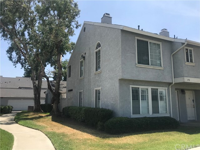 192 Walnut Avenue,Rialto,CA 92376, USA