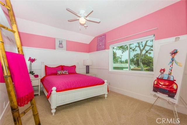 1001 Vernon Street, La Habra CA: http://media.crmls.org/medias/e65210f4-46e9-407d-a56c-7f2b783e785f.jpg
