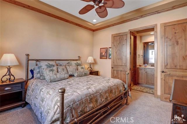 50910 Mandarina, La Quinta CA: http://media.crmls.org/medias/e65a12ce-21db-480a-96ef-3088c0a8c42d.jpg