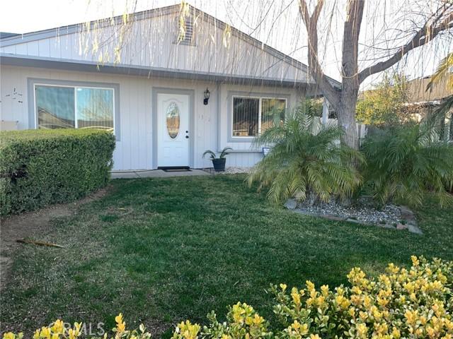 1312 Brookside Drive, Orland CA: http://media.crmls.org/medias/e661175c-1150-4fbe-ade7-56be758e2c32.jpg