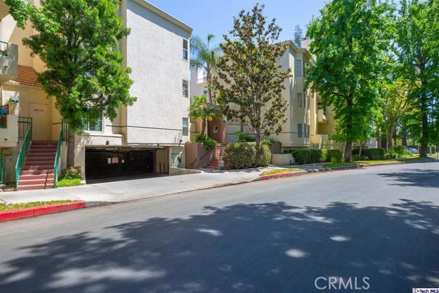 5420 Sylmar Avenue, Sherman Oaks CA: http://media.crmls.org/medias/e663e282-109a-458c-8d08-9e606413a74b.jpg