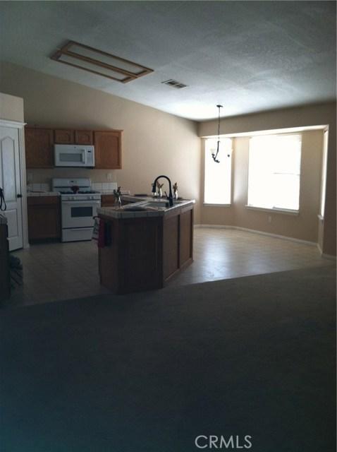 7916 Chase Avenue Hesperia, CA 92345 - MLS #: CV17123475