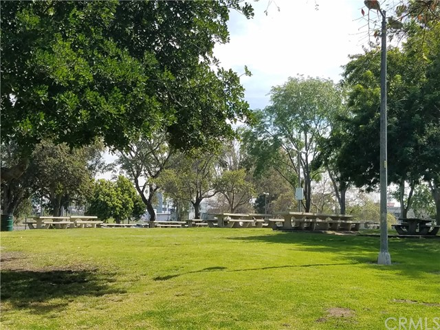 117 Spring St, Long Beach, CA 90806 Photo 44