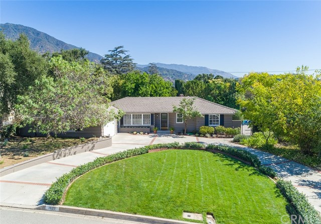 Single Family Home for Sale at 1920 Vista Avenue Sierra Madre, 91024 United States