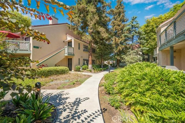 3525 W Stonepine Lane, Anaheim CA: http://media.crmls.org/medias/e69d1389-266e-4691-ad50-c831812eccd2.jpg
