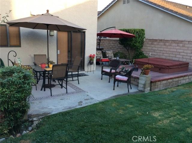 7421 Aurora Place, Rancho Cucamonga CA: http://media.crmls.org/medias/e6a686ac-4678-4f7d-91d9-4c8c1bb772ab.jpg