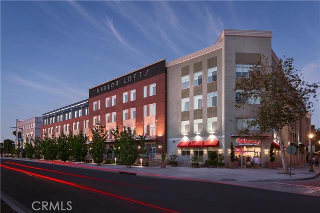 Condominium for Rent at 435 West Center Street Promenade St Anaheim, California 92805 United States