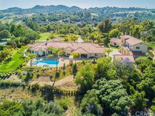 28 Country Glen Road Fallbrook, CA 92028 - MLS #: SW17146222