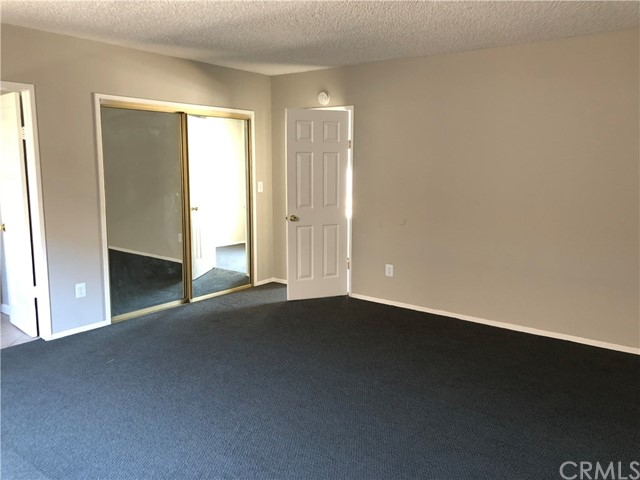 11027 Old River School Road, Downey CA: http://media.crmls.org/medias/e6c4481b-0775-40f3-b593-95bfaa371499.jpg