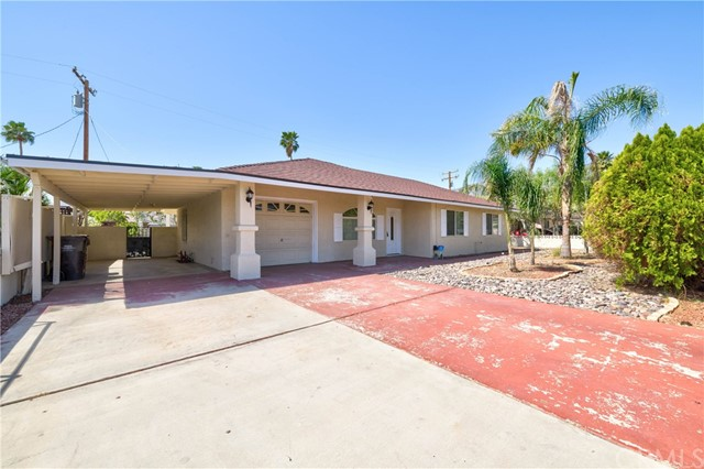 Detail Gallery Image 1 of 29 For 3967 E Sunny Dunes Rd, Palm Springs,  CA 92264 - 4 Beds | 2 Baths