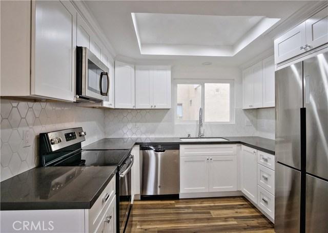 2381  Via Mariposa, Laguna Woods in Orange County, CA 92637 Home for Sale