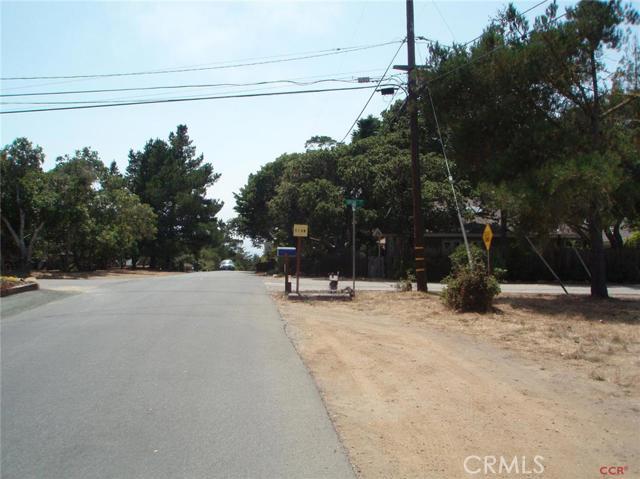 1213 Warren Road, Cambria CA: http://media.crmls.org/medias/e703aed3-6349-4185-b100-56328686b8ca.jpg