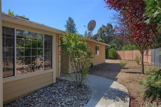 Detail Gallery Image 1 of 1 For 49436 Pierce Dr, Oakhurst,  CA 93644 - 3 Beds | 2 Baths