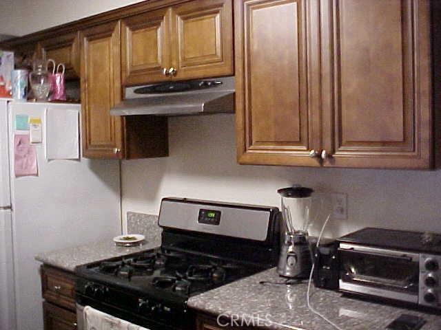 11990 Old River School Road, Downey CA: http://media.crmls.org/medias/e70ebe1d-41af-4936-98ee-9bce04863bf1.jpg
